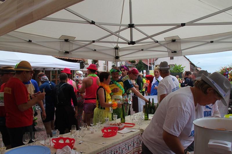 11 ème édition du Marathon du Vignoble d'Alsace et son passage à Wangen le 21 juin 2015 Img_8238
