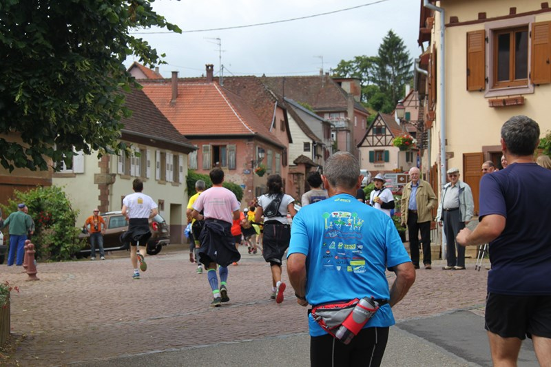 11 ème édition du Marathon du Vignoble d'Alsace et son passage à Wangen le 21 juin 2015 Img_8316