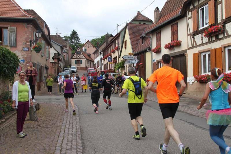 11 ème édition du Marathon du Vignoble d'Alsace et son passage à Wangen le 21 juin 2015 Img_8322