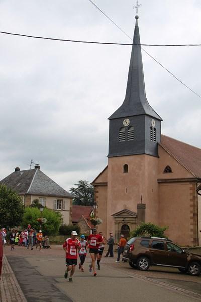 11 ème édition du Marathon du Vignoble d'Alsace et son passage à Wangen le 21 juin 2015 Img_8327