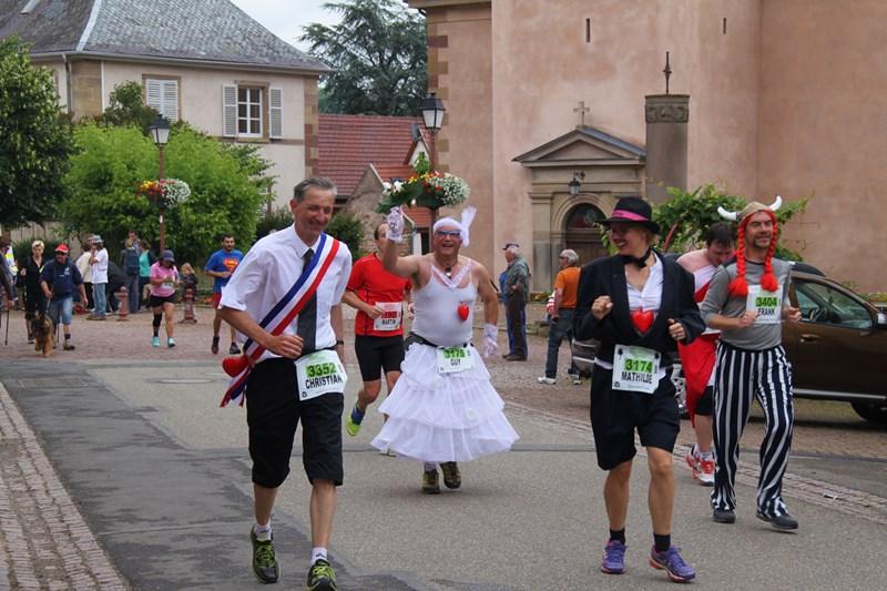 11 ème édition du Marathon du Vignoble d'Alsace et son passage à Wangen le 21 juin 2015 Img_8328