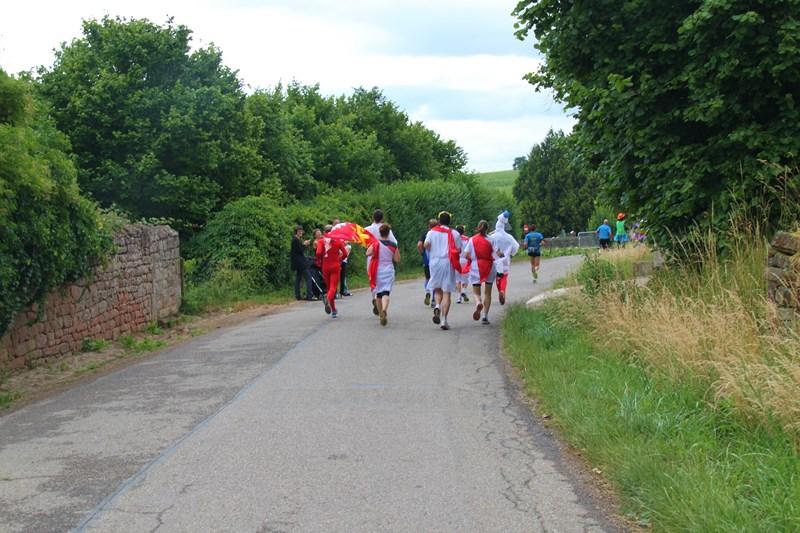 11 ème édition du Marathon du Vignoble d'Alsace et son passage à Wangen le 21 juin 2015 Img_8340
