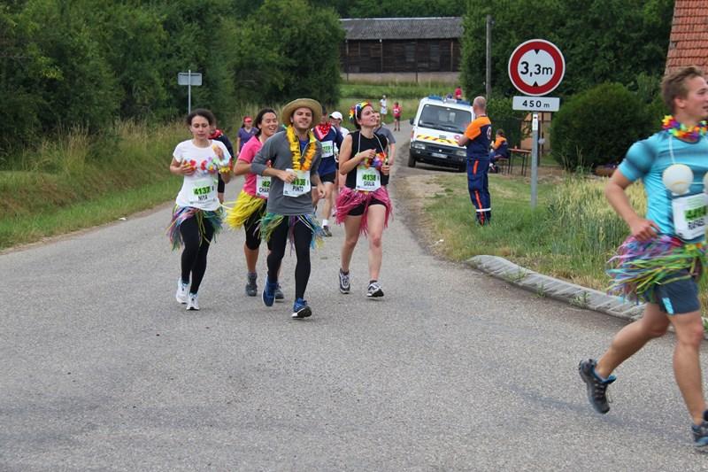 11 ème édition du Marathon du Vignoble d'Alsace et son passage à Wangen le 21 juin 2015 Img_8419