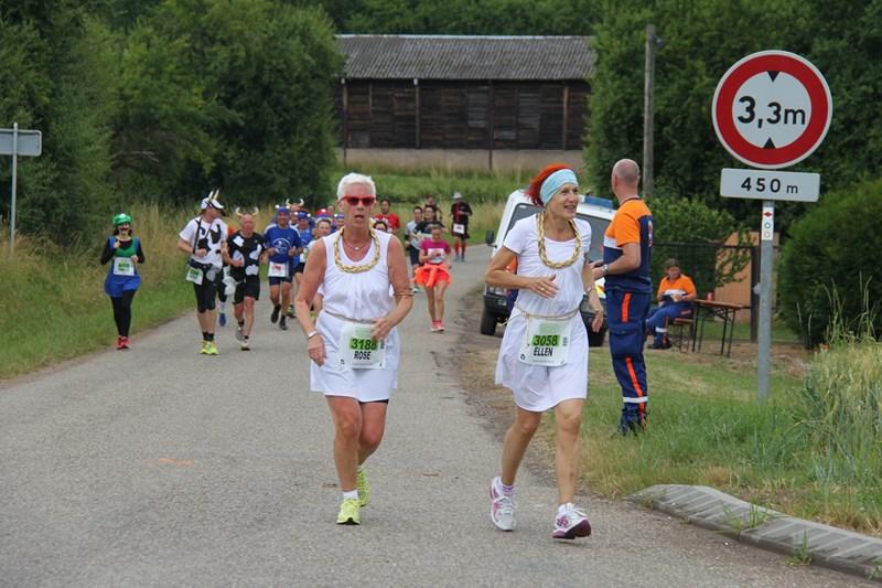 11 ème édition du Marathon du Vignoble d'Alsace et son passage à Wangen le 21 juin 2015 Img_8421