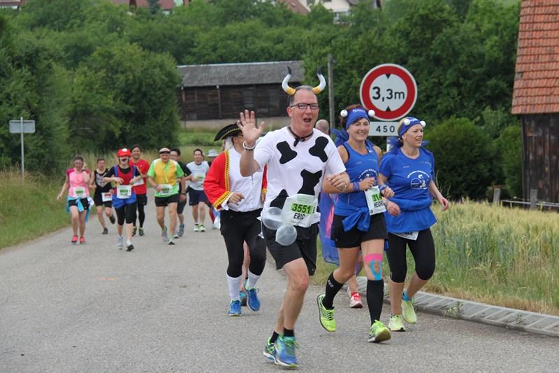 11 ème édition du Marathon du Vignoble d'Alsace et son passage à Wangen le 21 juin 2015 Img_8423