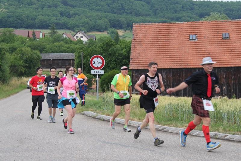 11 ème édition du Marathon du Vignoble d'Alsace et son passage à Wangen le 21 juin 2015 Img_8424