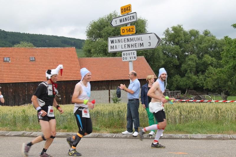 11 ème édition du Marathon du Vignoble d'Alsace et son passage à Wangen le 21 juin 2015 Img_8429