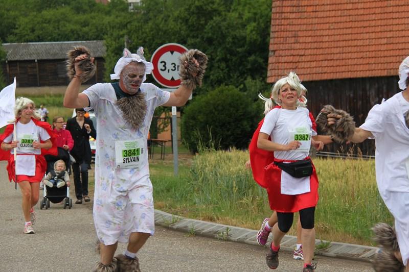 11 ème édition du Marathon du Vignoble d'Alsace et son passage à Wangen le 21 juin 2015 Img_8431