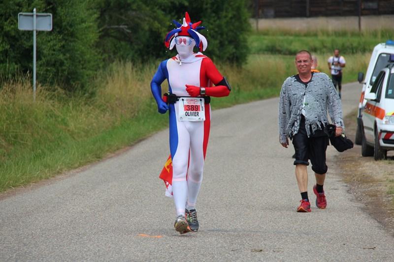 11 ème édition du Marathon du Vignoble d'Alsace et son passage à Wangen le 21 juin 2015 Img_8432