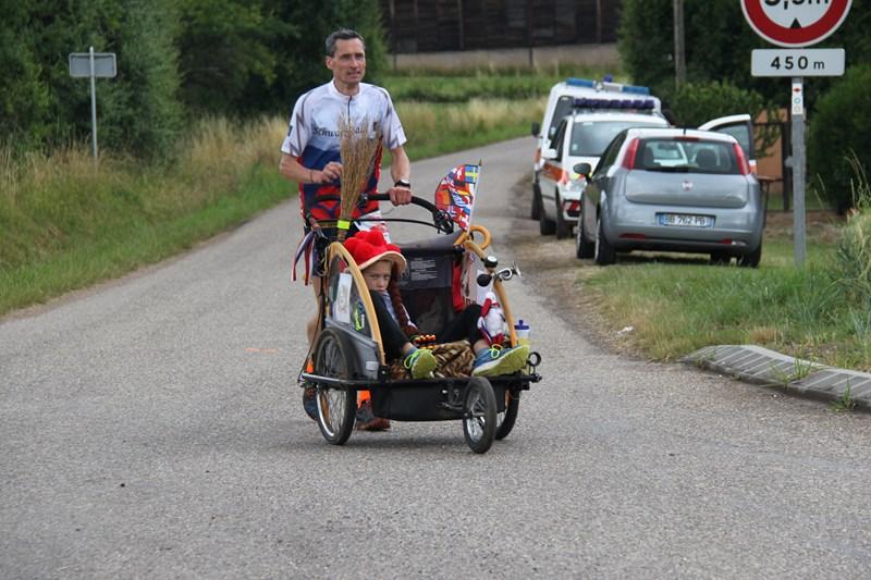 11 ème édition du Marathon du Vignoble d'Alsace et son passage à Wangen le 21 juin 2015 Img_8436