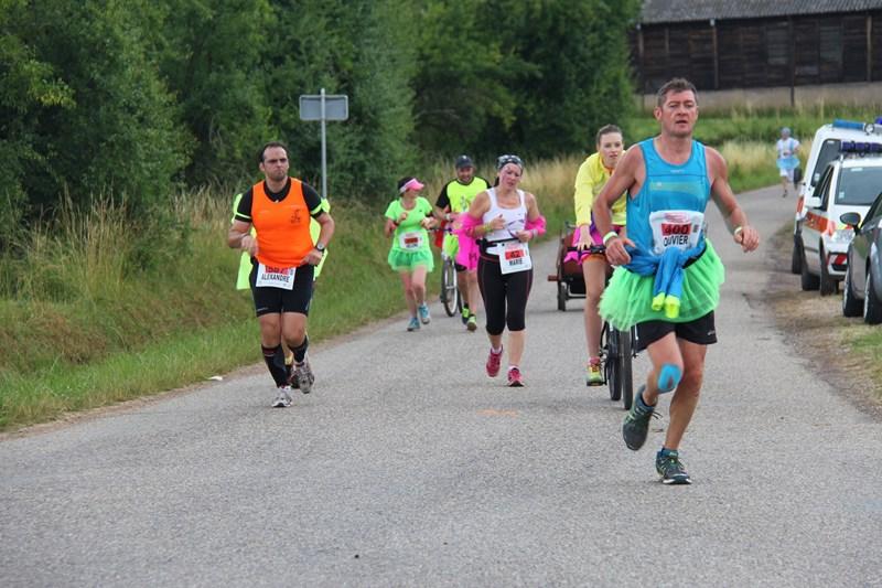 11 ème édition du Marathon du Vignoble d'Alsace et son passage à Wangen le 21 juin 2015 Img_8437