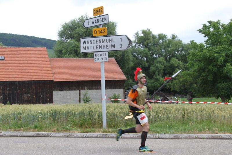 11 ème édition du Marathon du Vignoble d'Alsace et son passage à Wangen le 21 juin 2015 Img_8438