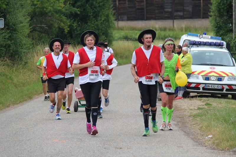 11 ème édition du Marathon du Vignoble d'Alsace et son passage à Wangen le 21 juin 2015 Img_8511