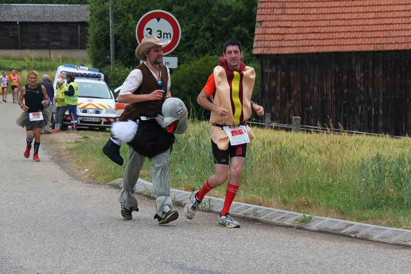 11 ème édition du Marathon du Vignoble d'Alsace et son passage à Wangen le 21 juin 2015 Img_8515