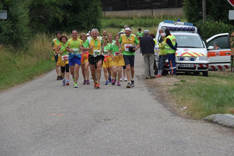 11 ème édition du Marathon du Vignoble d'Alsace et son passage à Wangen le 21 juin 2015 Img_8517