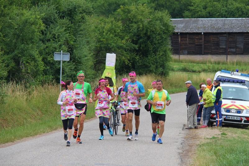 11 ème édition du Marathon du Vignoble d'Alsace et son passage à Wangen le 21 juin 2015 Img_8518
