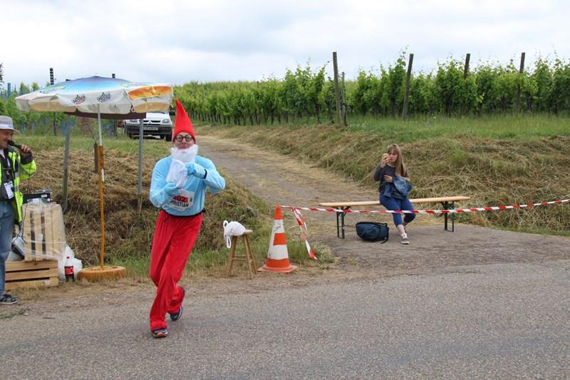11 ème édition du Marathon du Vignoble d'Alsace et son passage à Wangen le 21 juin 2015 Img_8530