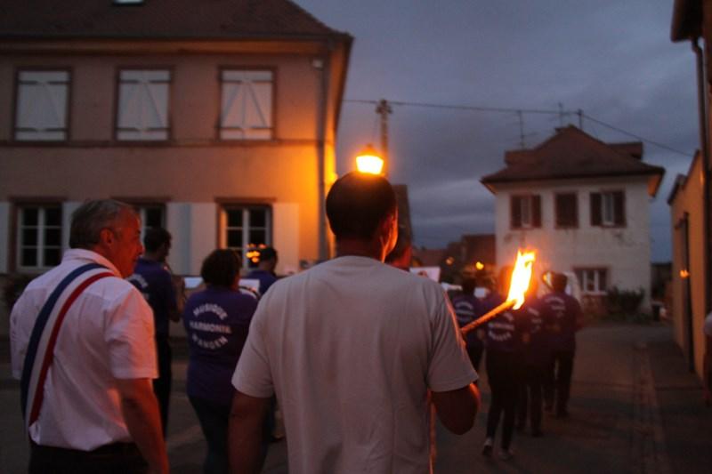 Wangen, 13 juillet 2015, bal populaire, retraite aux flambeaux et feu d'artifice! Img_9616