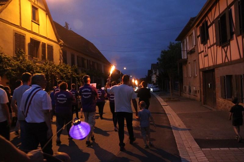 Wangen, 13 juillet 2015, bal populaire, retraite aux flambeaux et feu d'artifice! Img_9623
