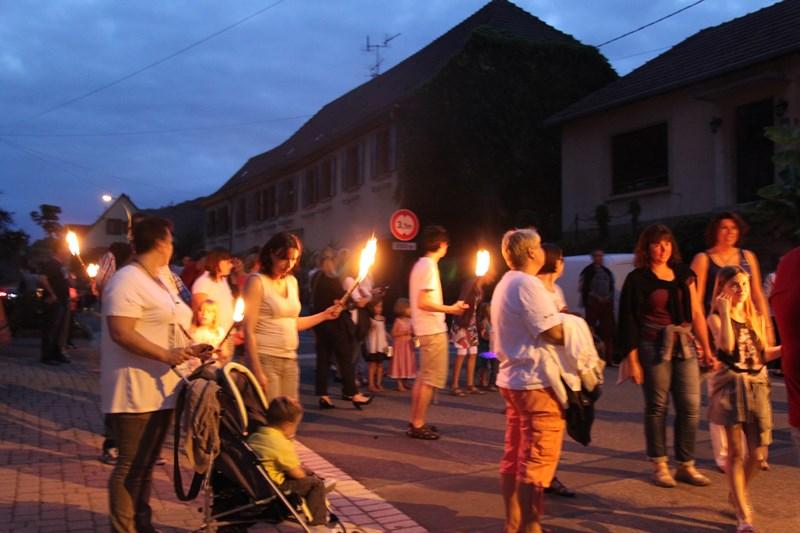Wangen, 13 juillet 2015, bal populaire, retraite aux flambeaux et feu d'artifice! Img_9626