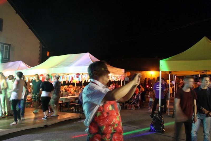 Wangen, 13 juillet 2015, bal populaire, retraite aux flambeaux et feu d'artifice! Img_9720