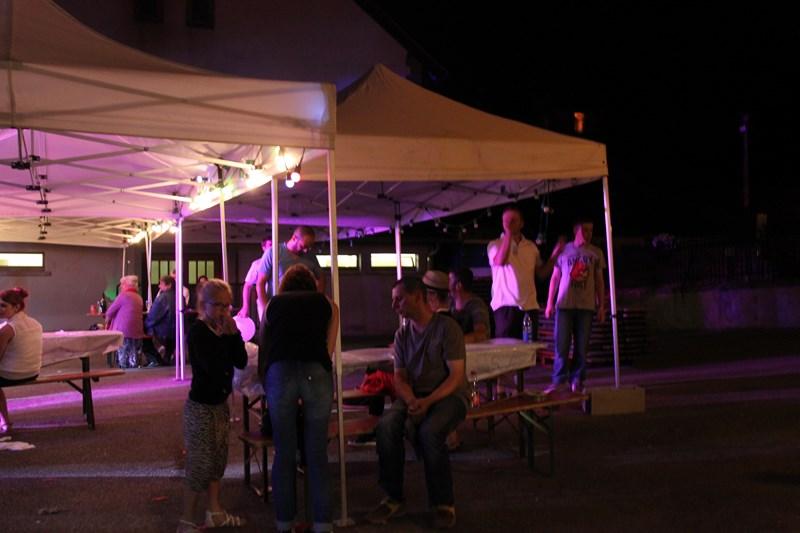 Wangen, 13 juillet 2015, bal populaire, retraite aux flambeaux et feu d'artifice! Img_9817
