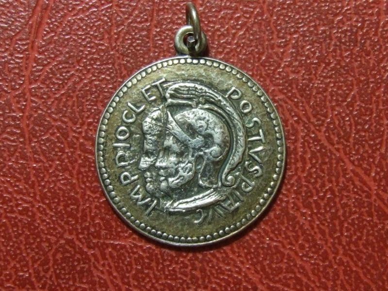 Faux, Copies , Reproductions modernes et Médailles commémoratives _5711