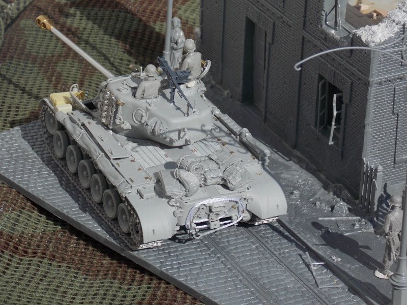 PERSHING M 26 fin de conflit 1945 (Hobby Boss 1/35) - Page 3 Persh110