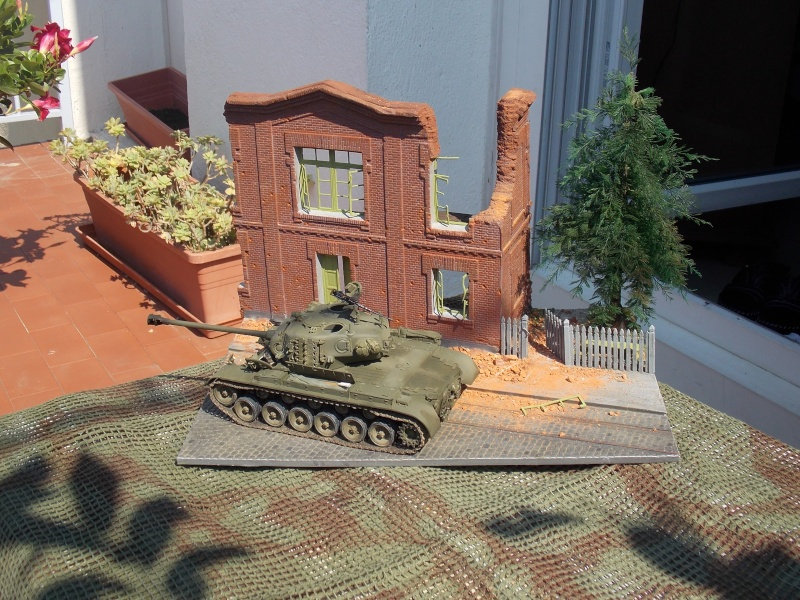 PERSHING M 26 fin de conflit 1945 (Hobby Boss 1/35) - Page 4 Persh145