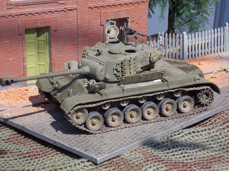 PERSHING M 26 fin de conflit 1945 (Hobby Boss 1/35) - Page 4 Persh147