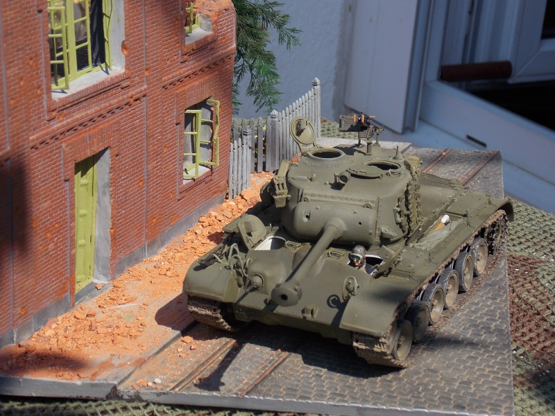 PERSHING M 26 fin de conflit 1945 (Hobby Boss 1/35) - Page 4 Persh150
