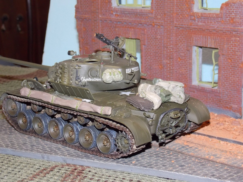 PERSHING M 26 fin de conflit 1945 (Hobby Boss 1/35) - Page 5 Persh174