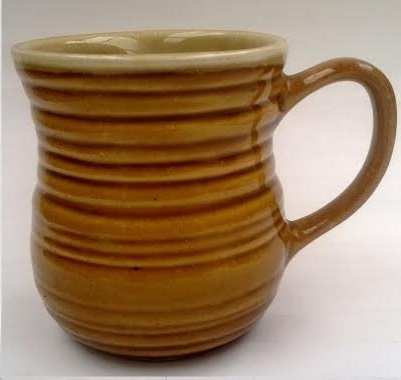 Titianware NZ mug ..... what shape is it please?  1387 13_8710