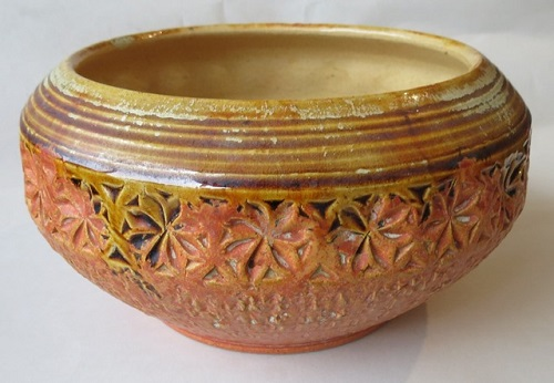 A Daniel Steenstra hand decorated bowl courtesy of Eva Beach Beach_10
