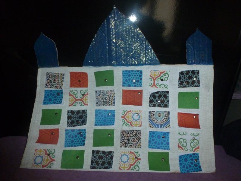 Notre calendrier et décor Ramadan 2015 - Page 2 P1010015