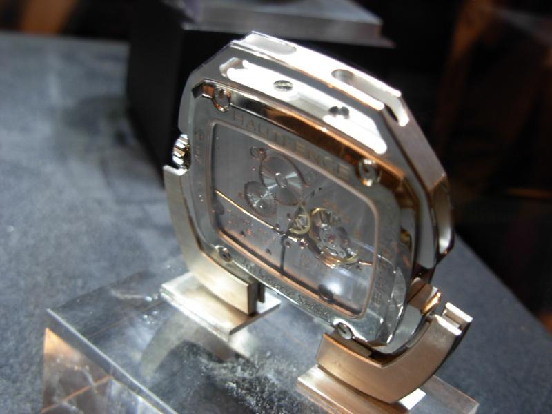 vacheron - COMPTE RENDU salon belles montres 2009 - Page 12 Dscn0023
