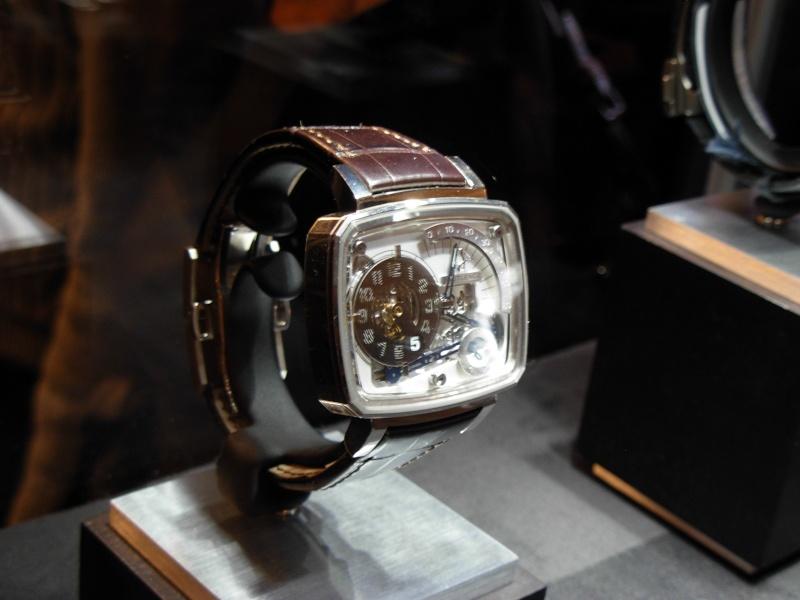 vacheron - COMPTE RENDU salon belles montres 2009 - Page 12 Dscn0024
