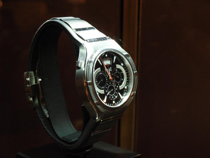 vacheron - COMPTE RENDU salon belles montres 2009 - Page 12 Dscn1124