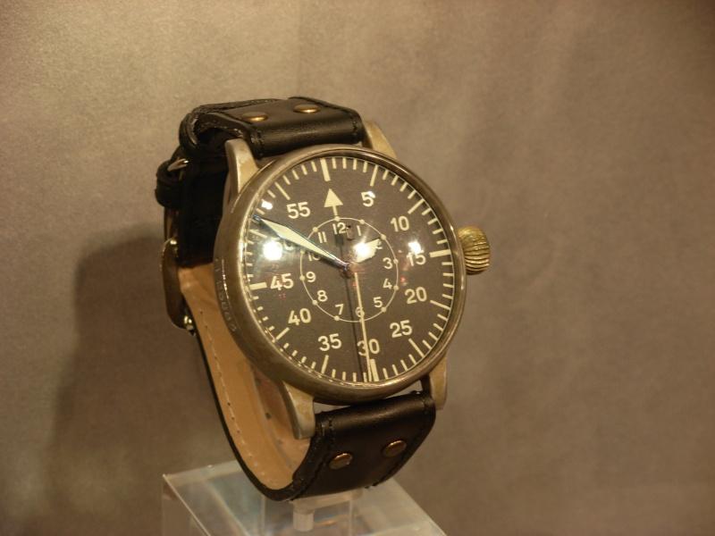 vacheron - COMPTE RENDU salon belles montres 2009 - Page 12 Dscn1132
