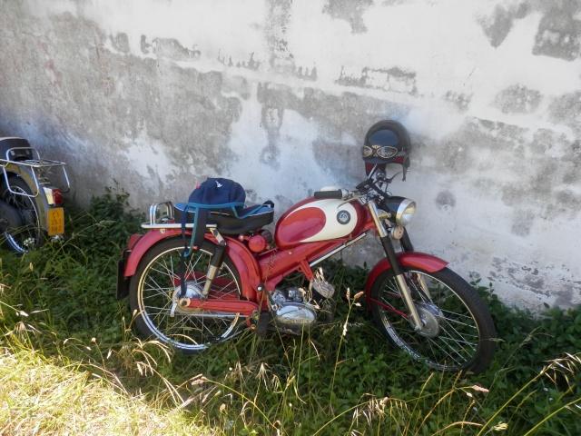 II Volta a galicia en ciclomotor. P6200815