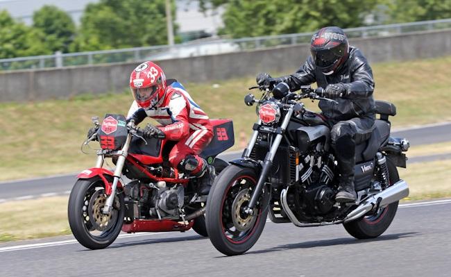 Classic Machines les 13 et 14 juin au circuit Carole - Page 9 Classi11