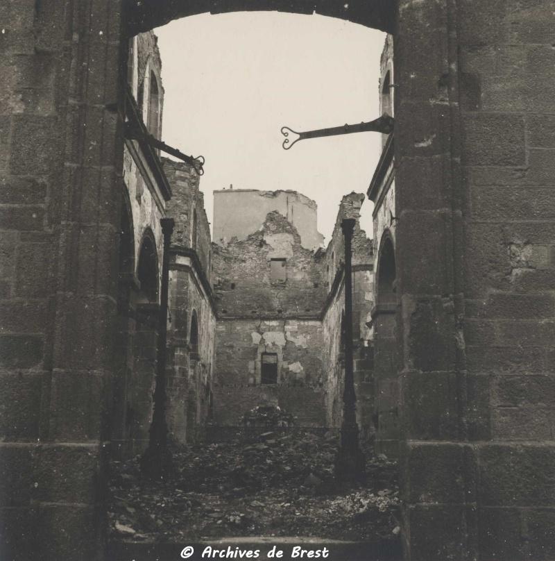 Chronologie de Brest 39/45 - Page 3 2fi02311