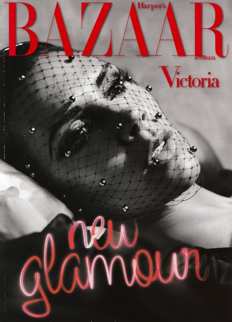 VB: Harper's Bazaar Australia - Enero 2010 (January) Glambe14