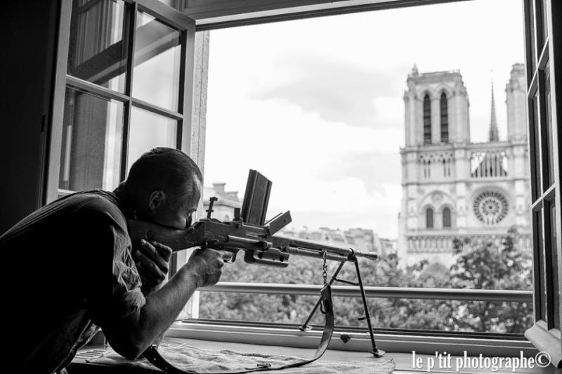 """RMC Découverte : """"Champs de Bataille : La libération de Paris"""" 11209710"""