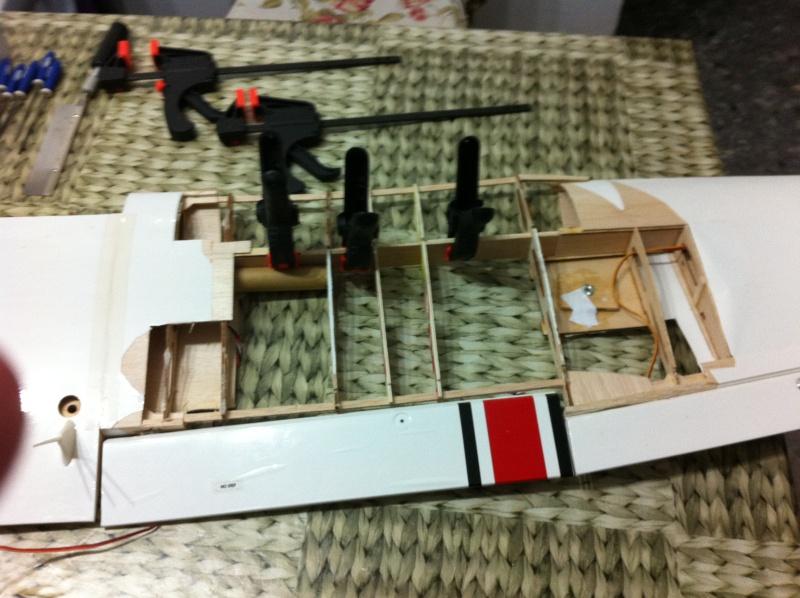 Cessna 182 tamaño 120 Phoenix Models reparación del ala derecha y tren de aterrizaje  910