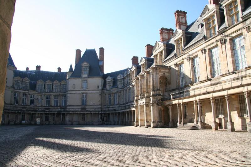 Le boudoir turc de Marie-Antoinette à Fontainebleau - Page 2 2810