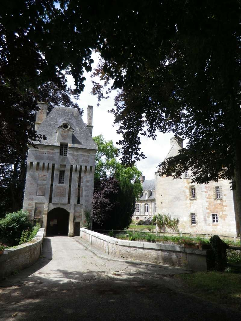 Le château de Fervaques ... Fervaq10