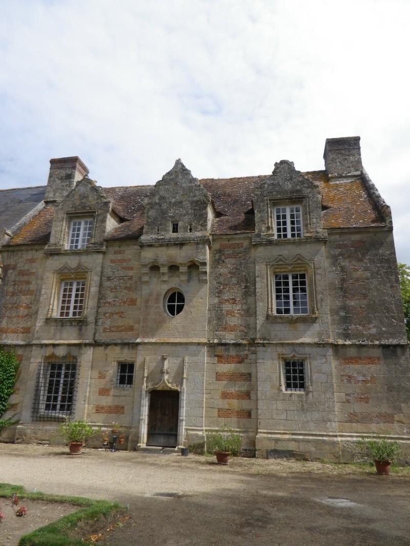 Le château de Fervaques ... Fervaq15