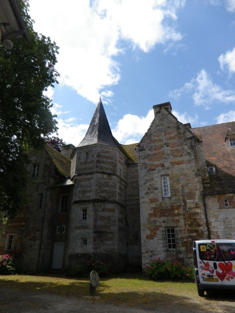 Le château de Fervaques ... Fervaq19