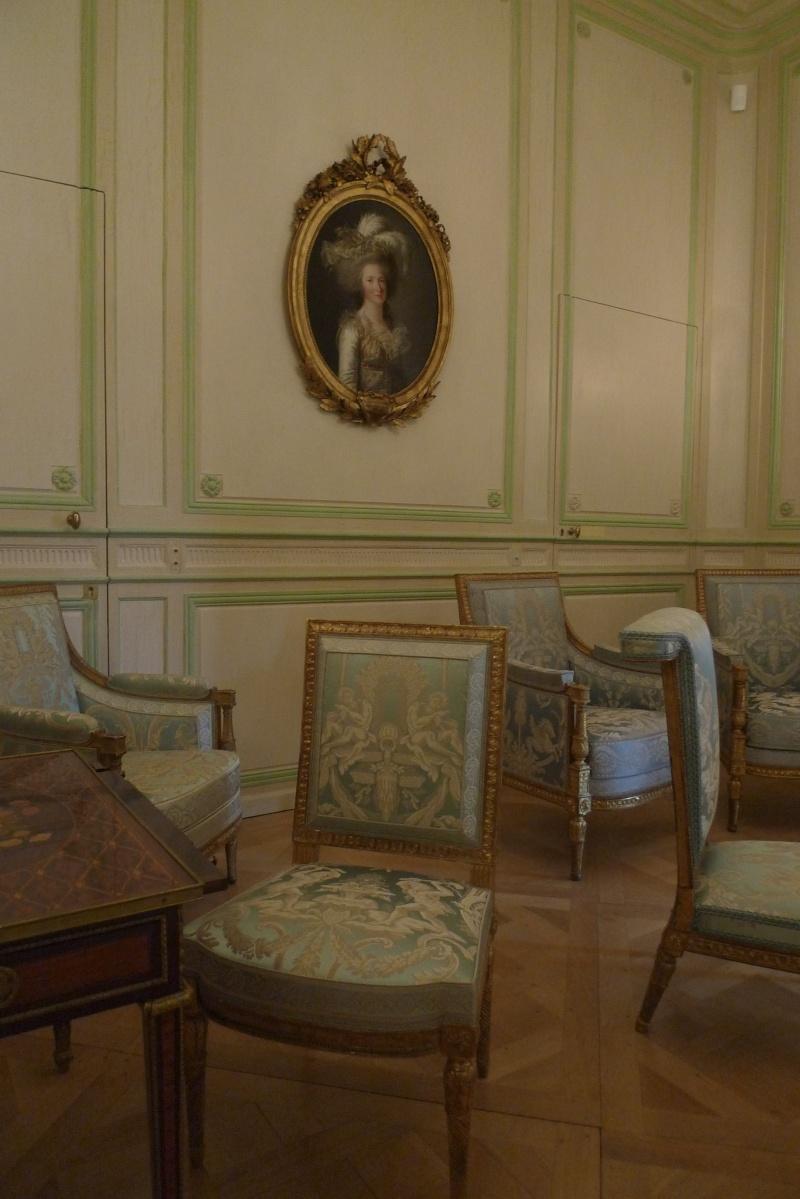 Elisabeth - Le domaine de Mme Elisabeth à Montreuil P1150110
